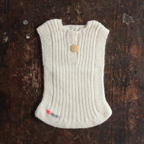 white rib vest